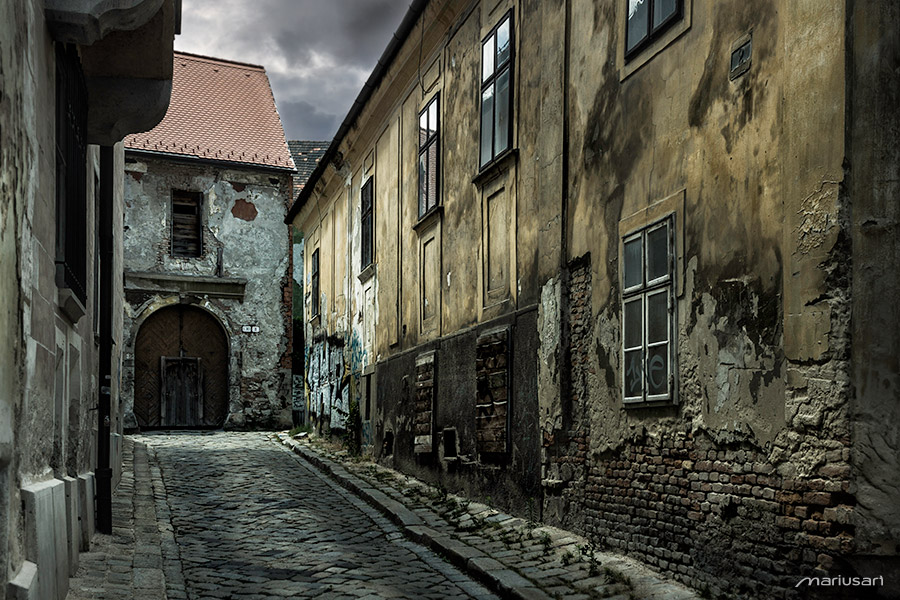 Old Streets by Mariusart