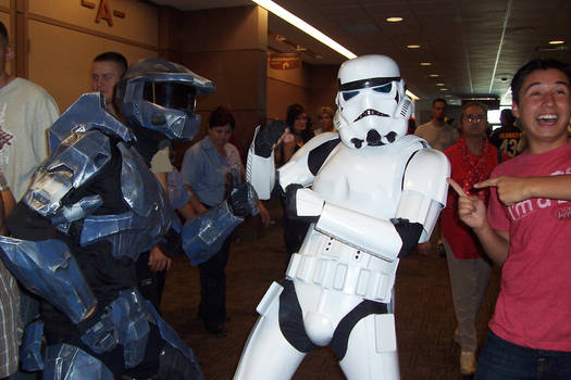 Master Chief VS StormTrooper