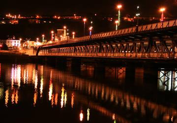 Craigavon Bridge by AIDYMCGLYNN