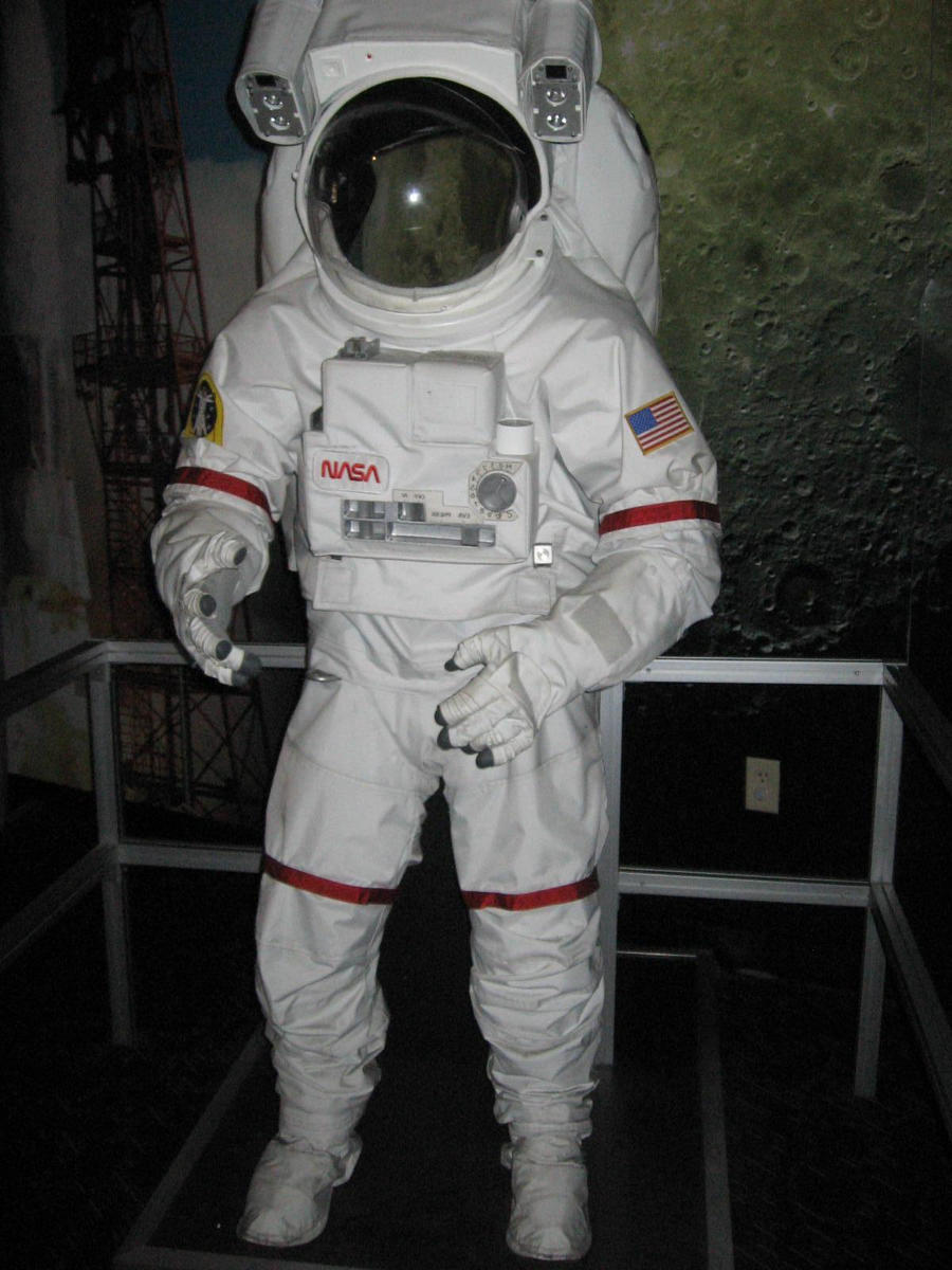 real space suit costume - photo #14