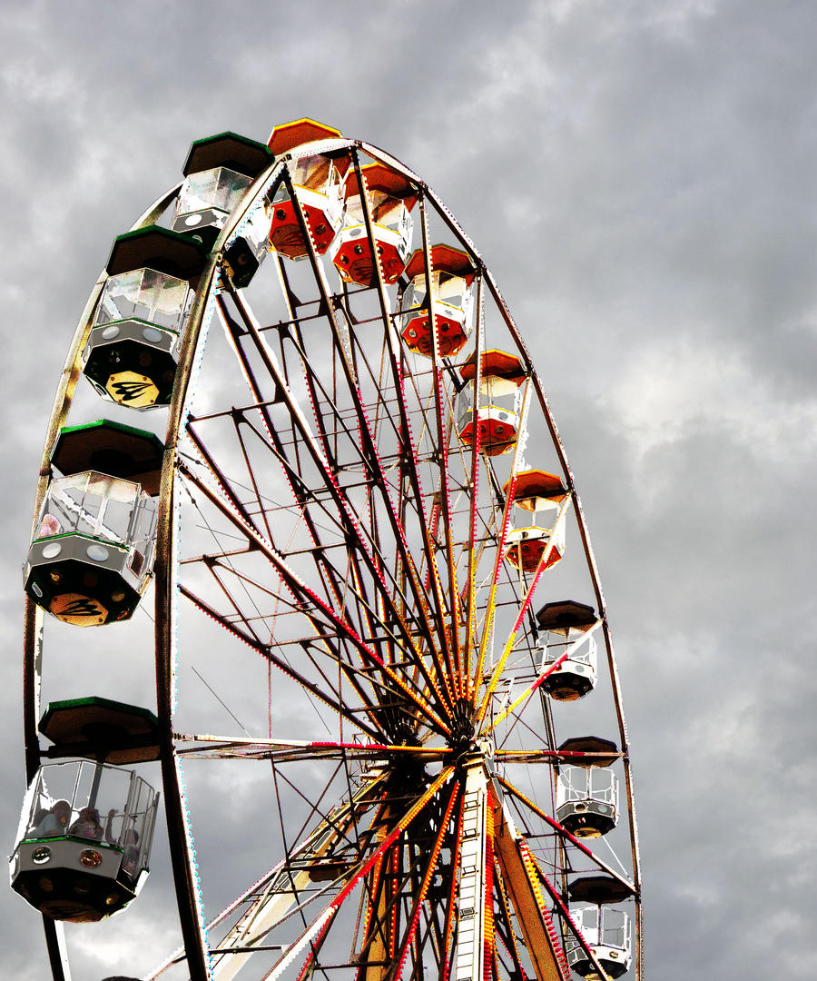 Ferris Wheel by EveryDayIsNewToMe