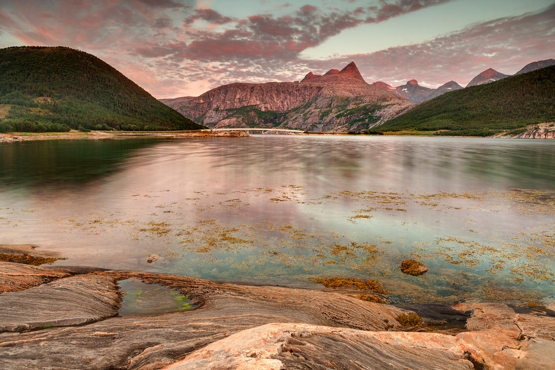 Роскошные пейзажи Норвегии - Страница 39 Norway_141_by_lonelywolf2-d7igj2a