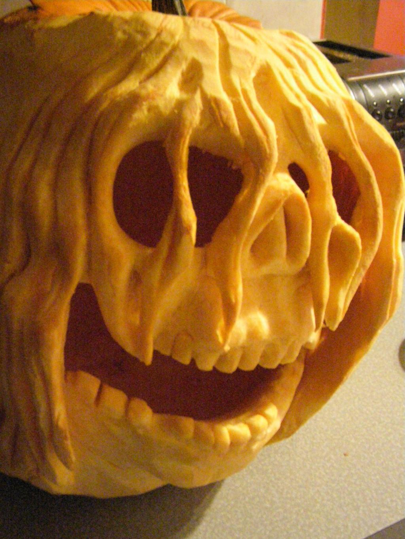 pumpkin carving by randomsculptor