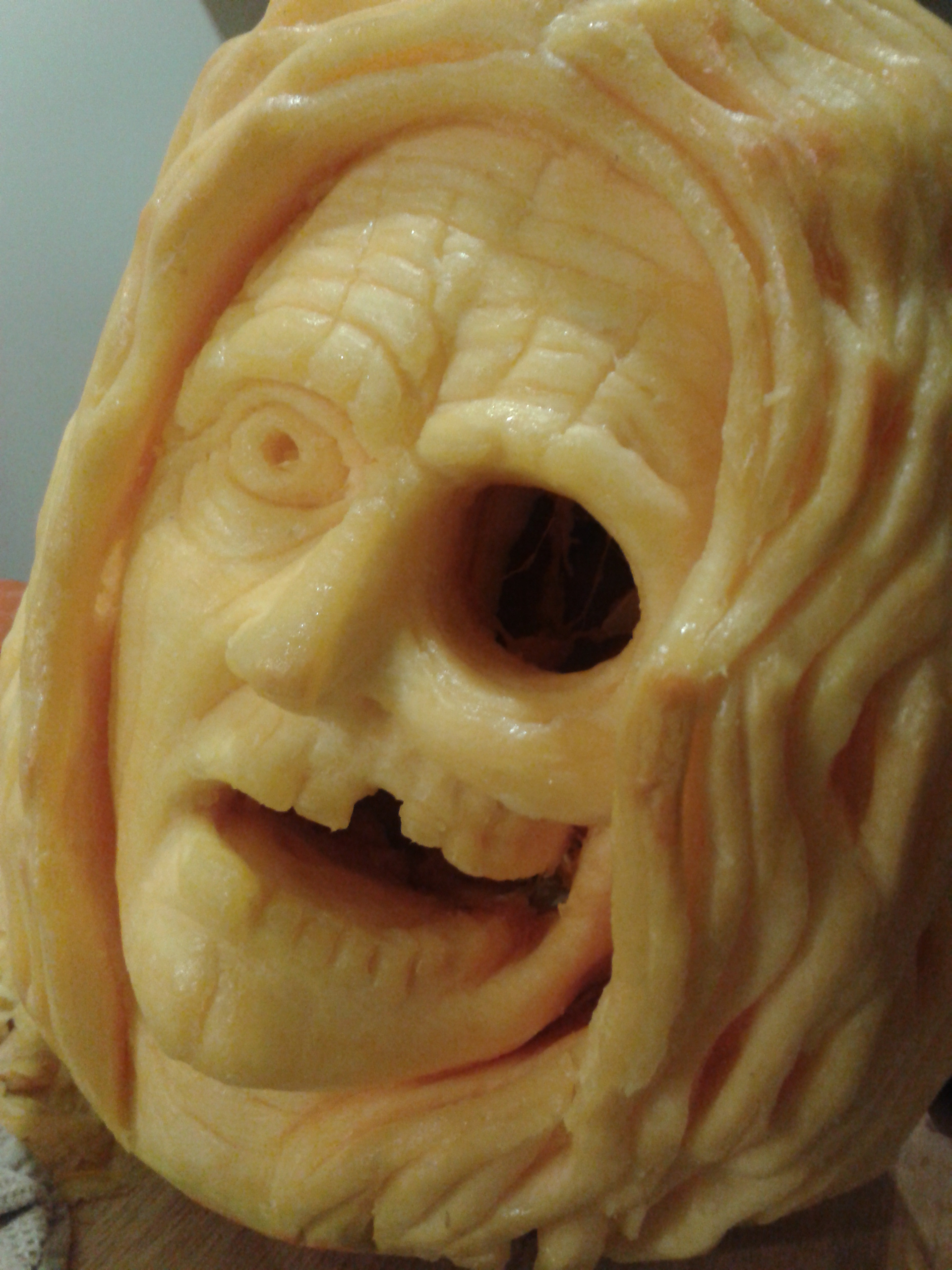Witch pumpkin by randomsculptor