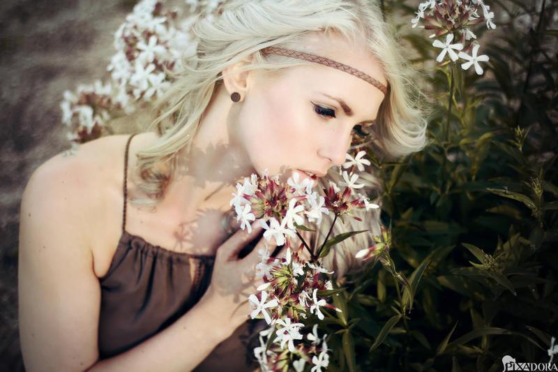 listen to me by Steffi-im-Wunderland