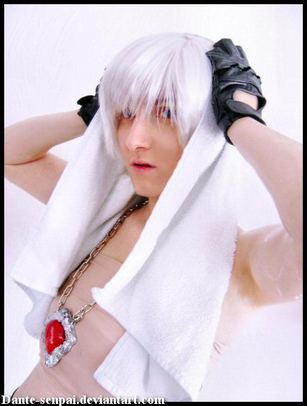 Dante DMC3 Coatless by Dante-senpai