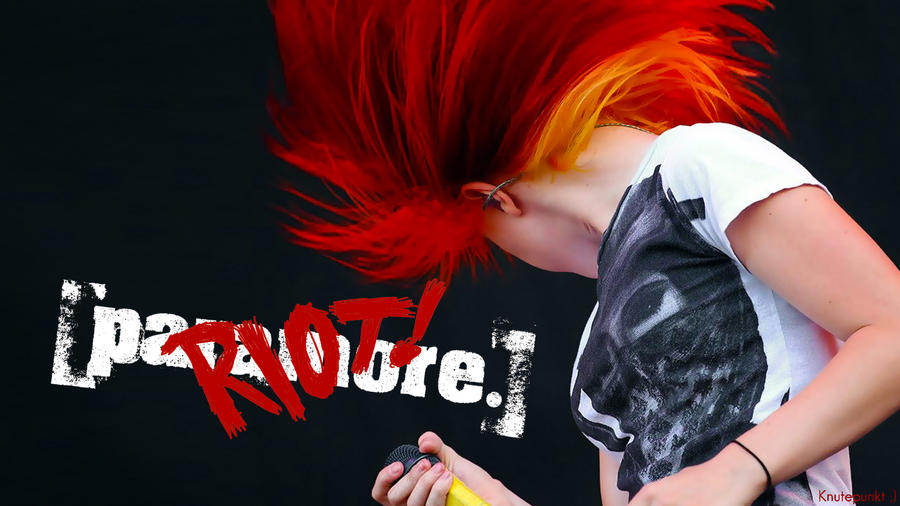 Paramore Riot by Knutepunkt