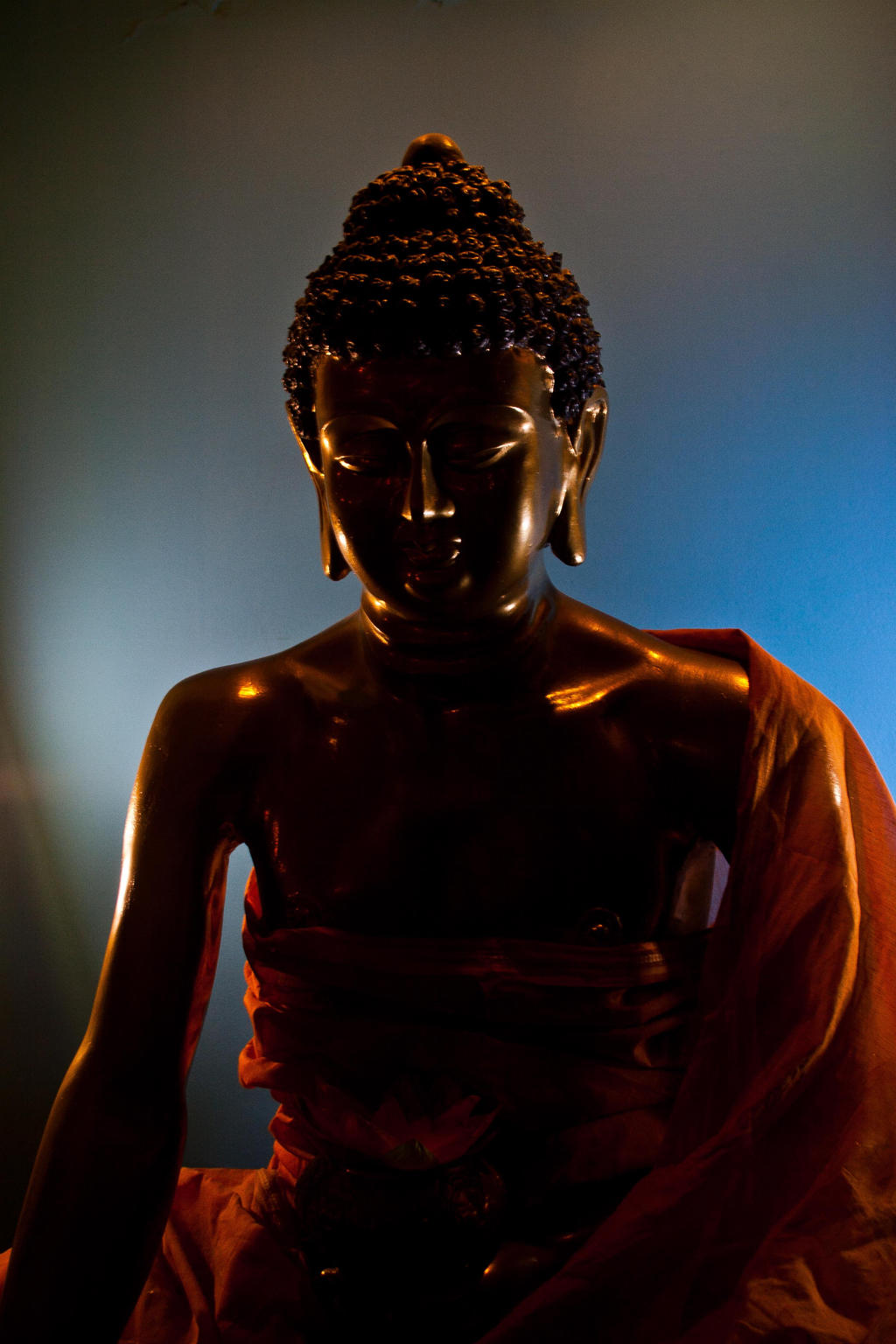 Der Goldenn Buddha teapub in Almaty by sarikreal