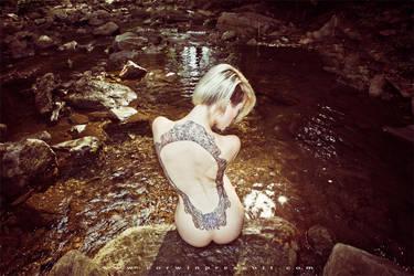 Alysha Nett - Uncropped by lepersabstain