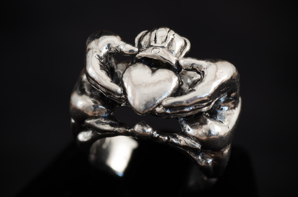 Claddagh ring by KajPaget