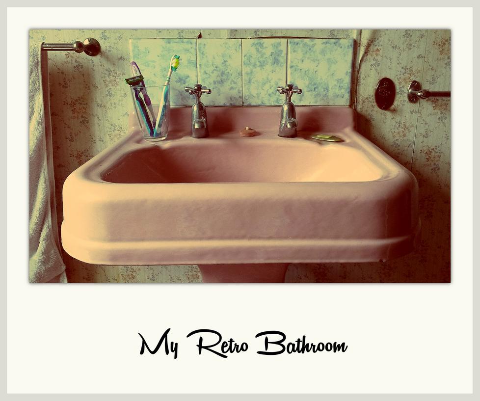 Retro Bathroom by GrahamSurferAndrews