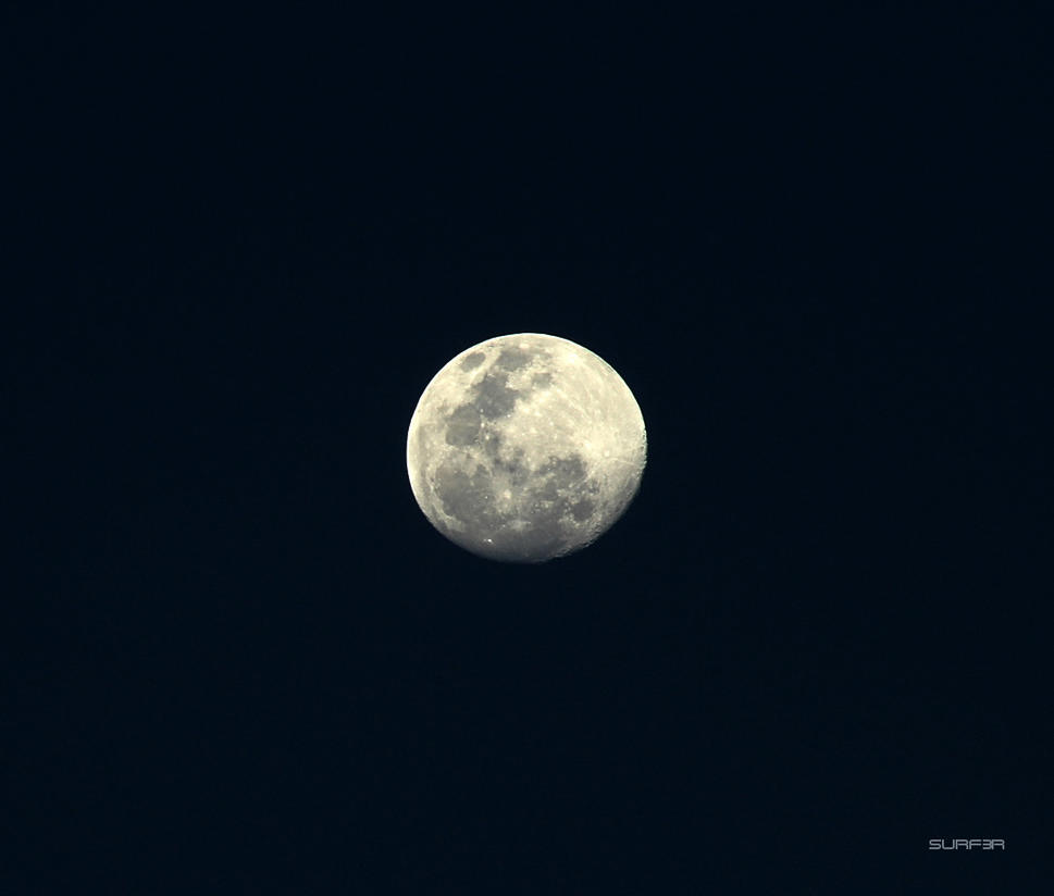 The Moon contrast by GrahamSurferAndrews