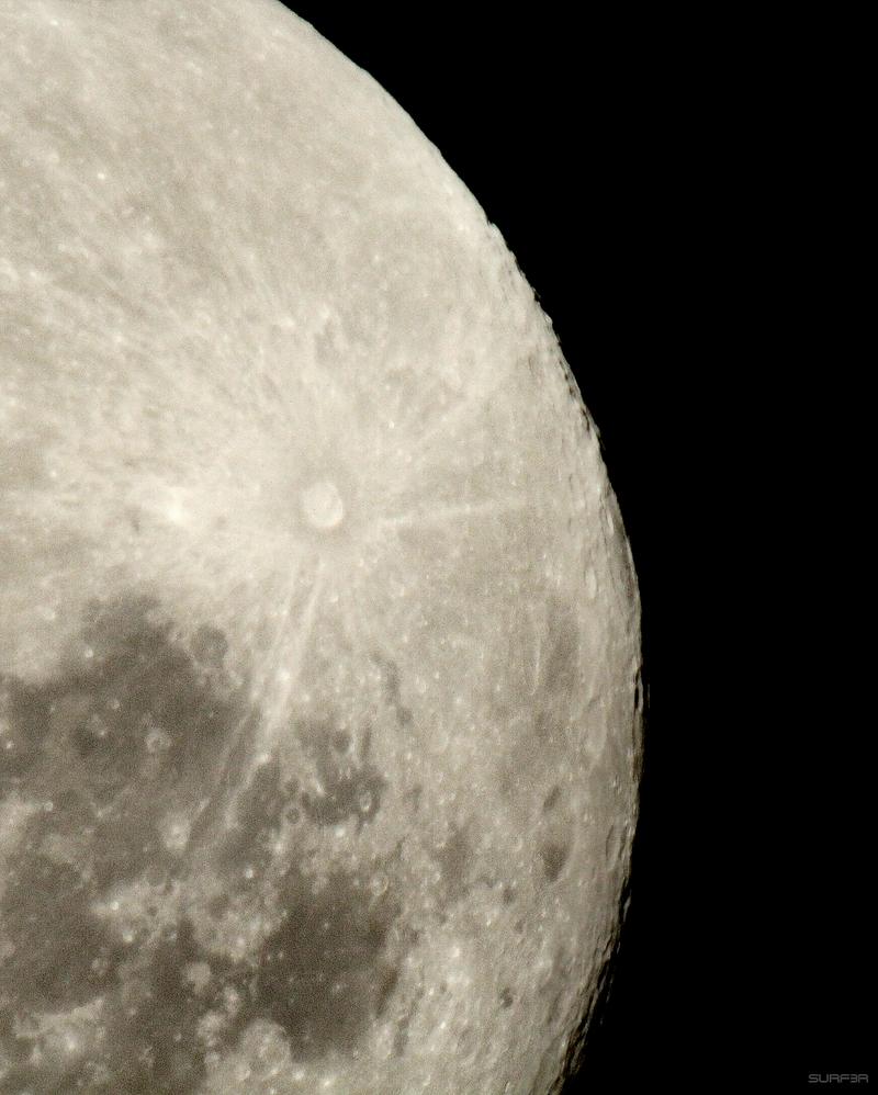 Tele Moon 1 by GrahamSurferAndrews