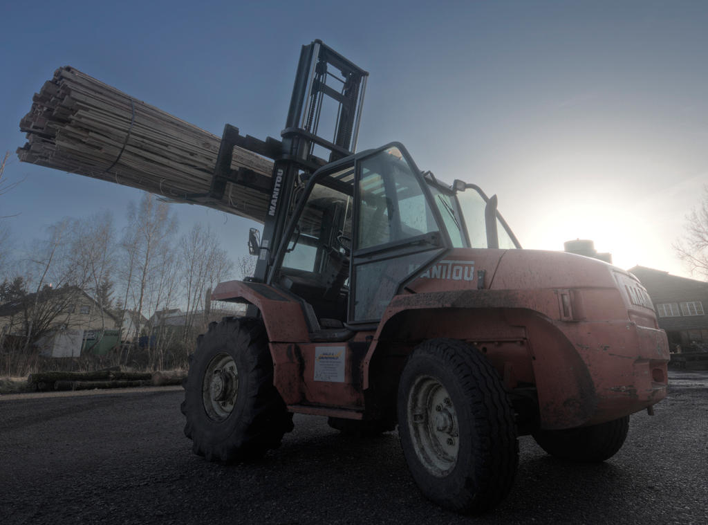 Manitou Forklift by sinawali