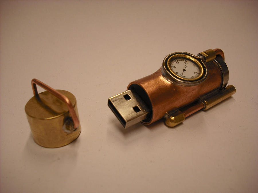 My first Steampunk USB, picture 3 by Wirecase