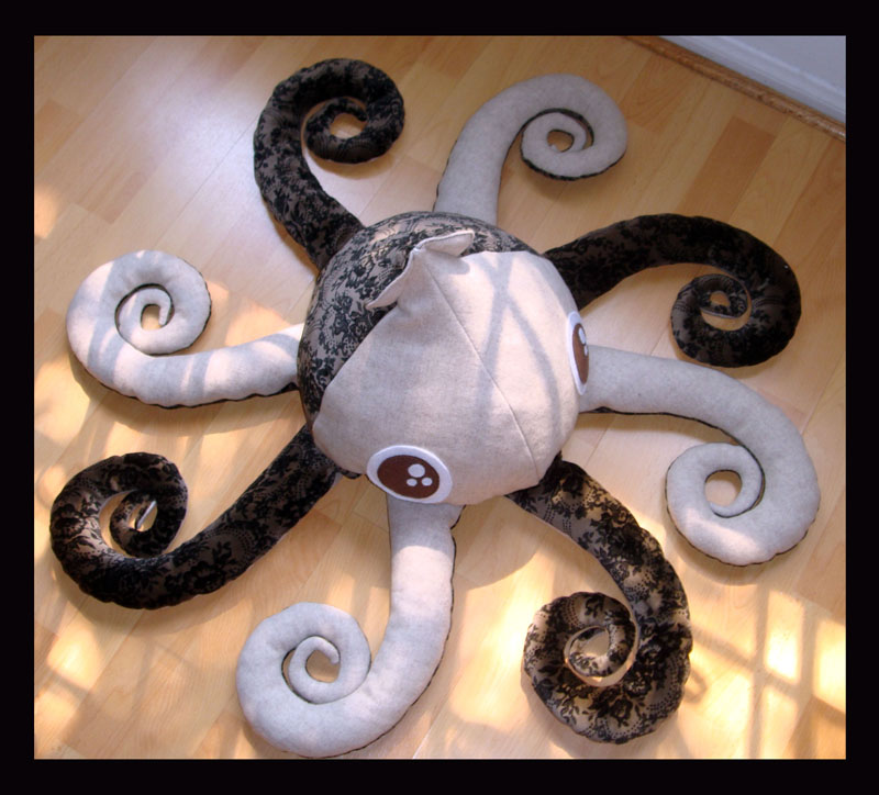 Big eyes Squid Plush 1 a by TheCurseofRainbow