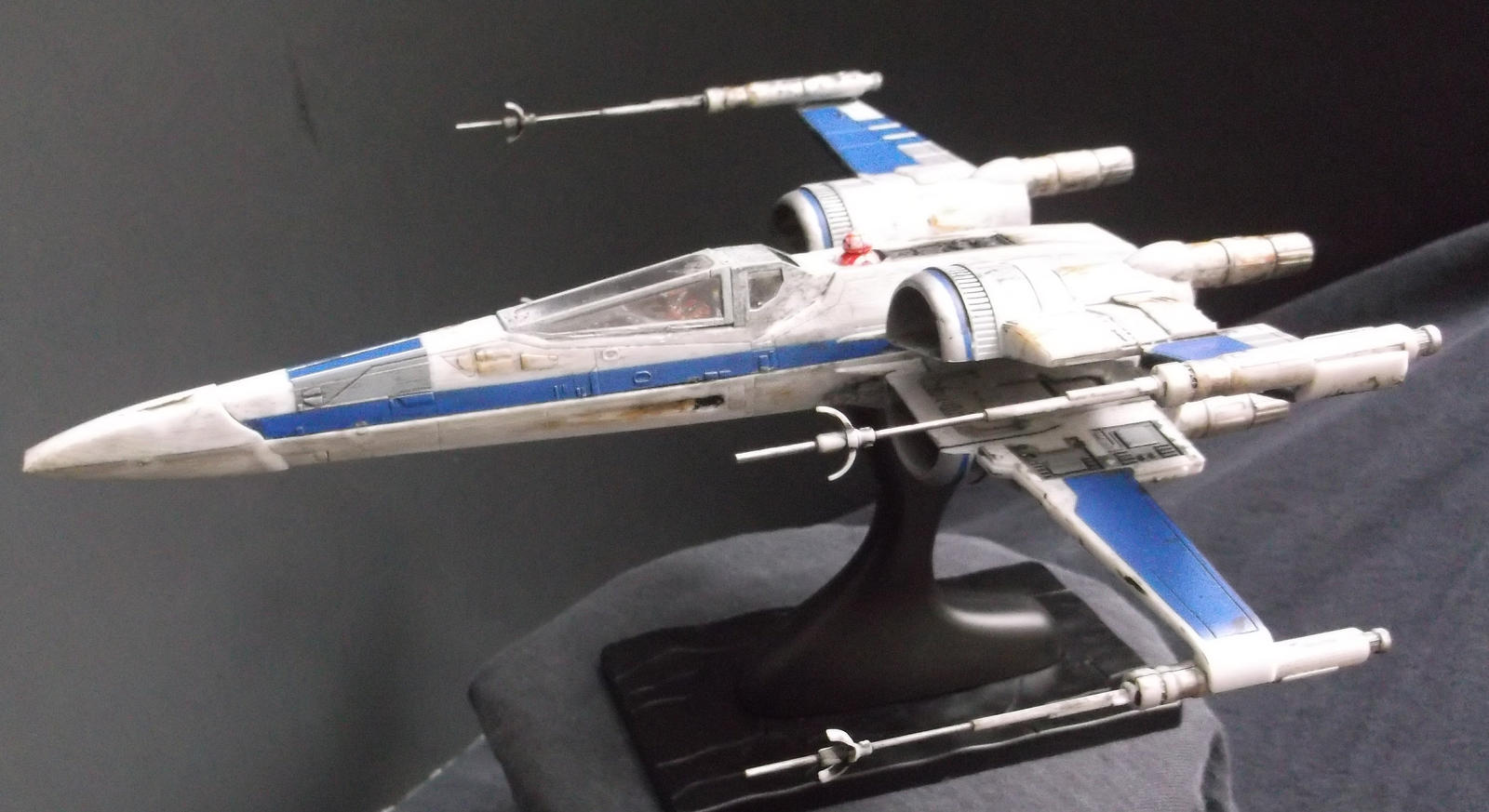 T 70 resistance x wing 39 blue three 39 by roguewing on deviantart for Miroir 70 x 70