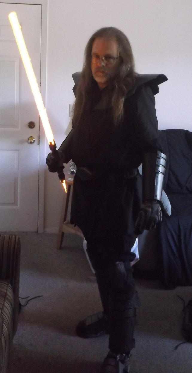 Sith Armor Cosplay-Mk2 by Roguewing