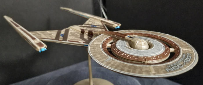 USS Discovery 1/2500 scale