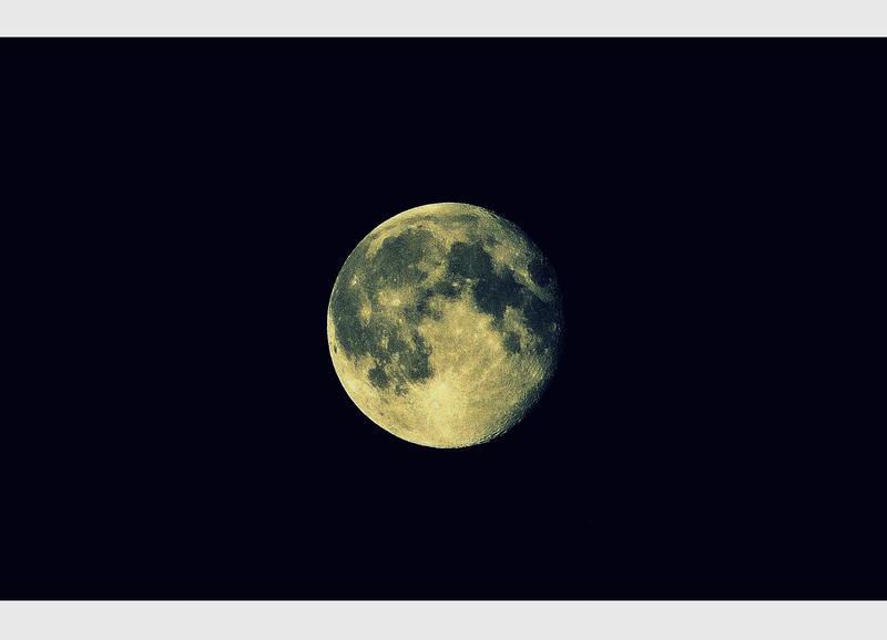 Dark of the moon by Elessar91