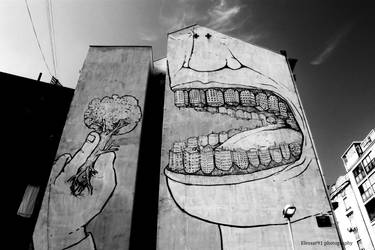 Show Me Your Teeth by Elessar91
