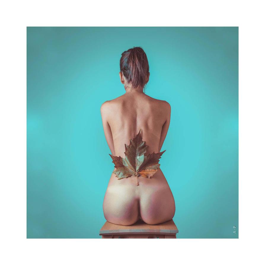 nude #2 by artigianodellaluce