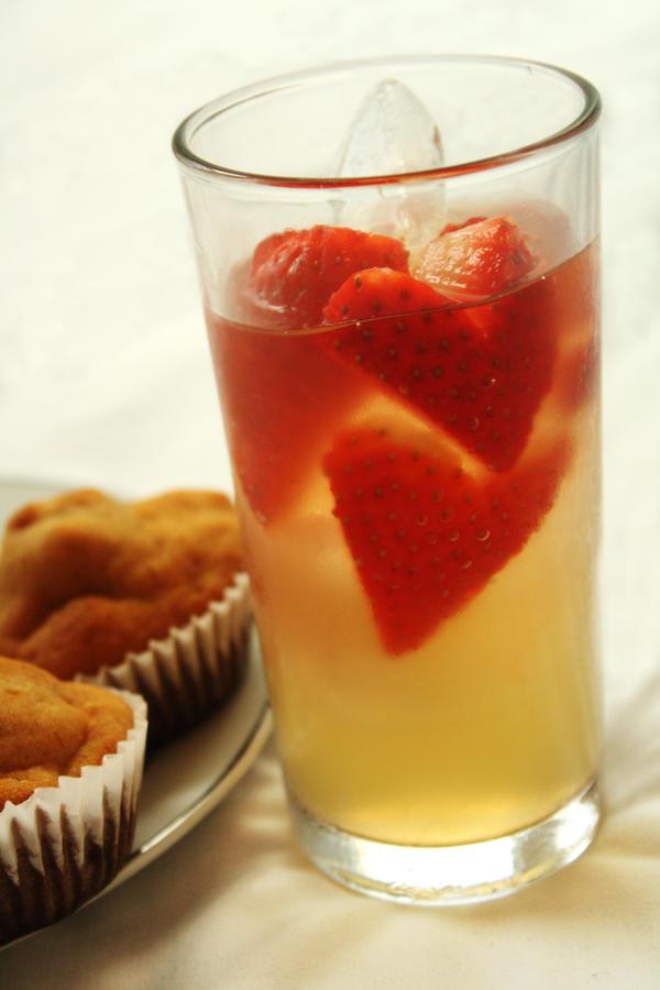 Lemonade love by Itti