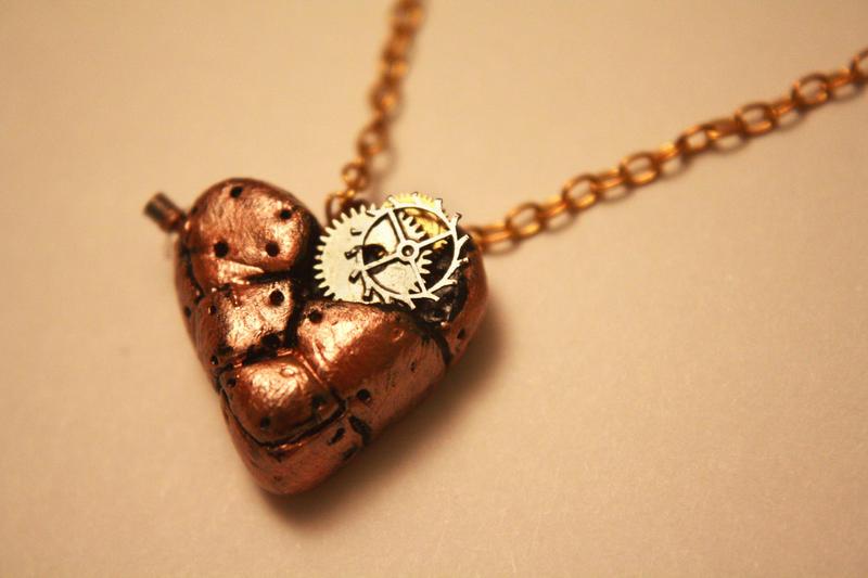 Steampunk heart necklace by Itti