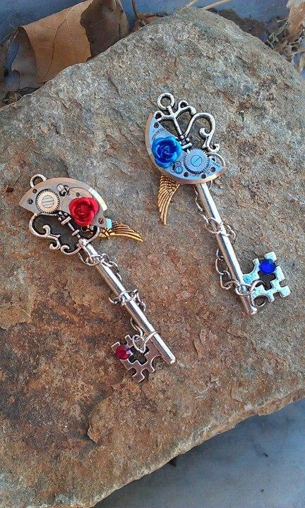 Two new keys for sale! by ArtByStarlaMoore
