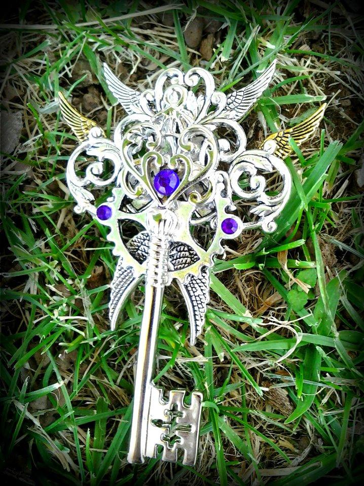Key of the Holy Goddess by ArtByStarlaMoore