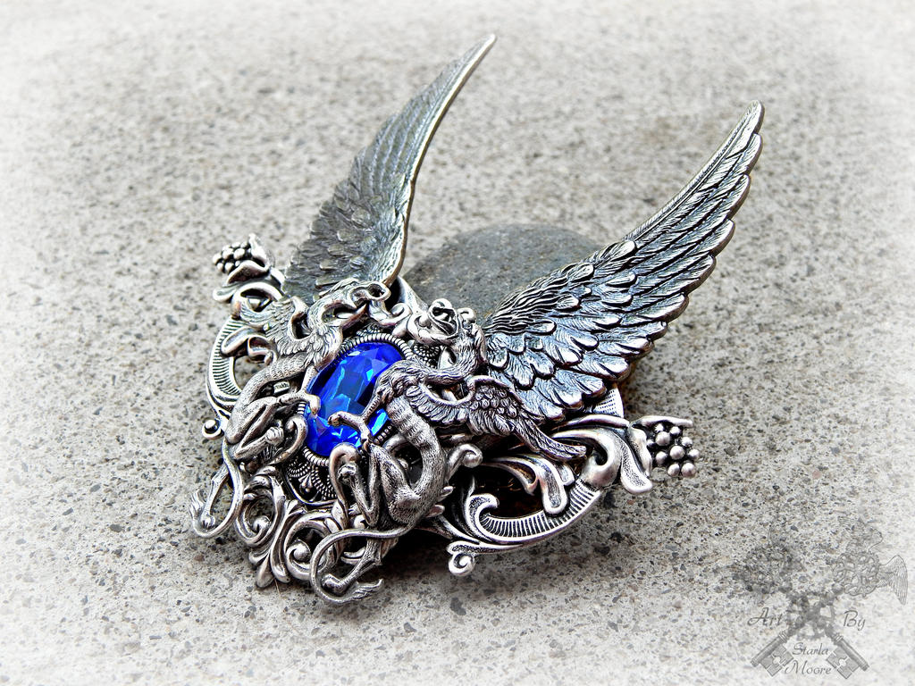 Vyehntyir's Ascent- Massive Sapphire Pendant by ArtByStarlaMoore