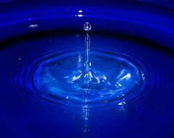 Stock - Water drop splash by wachowicz