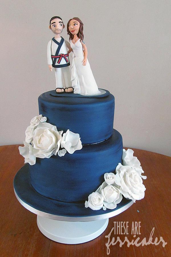Vegas Wedding Cake by thesearejessicakes