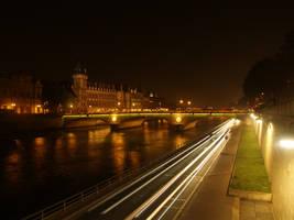 Nocturna Paris by digitalyisus