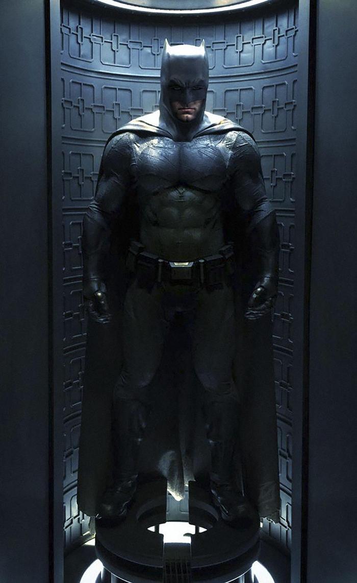 Batman-BvS-Suit by patokali