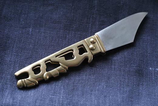 Hound and hare folding knife 3