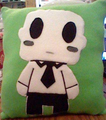 Elsen Pillow by Hieiskittygirl