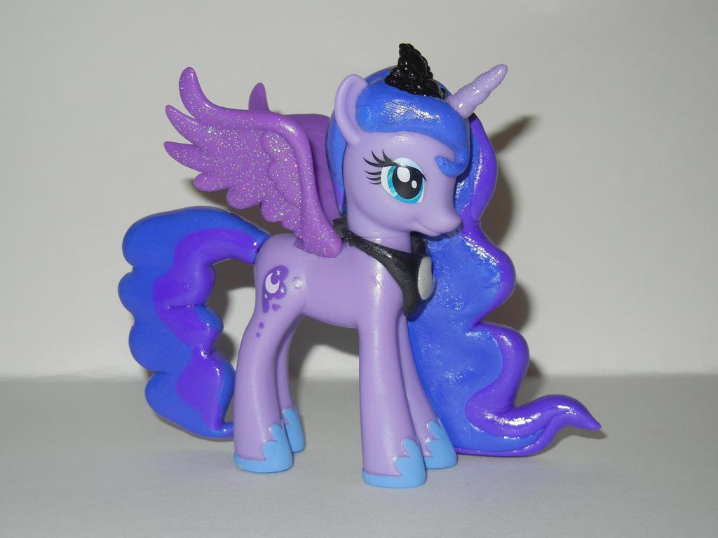 Princess Luna By SilverBand7 On DeviantArt