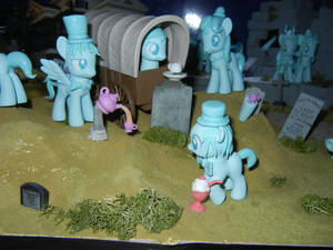 MLP: The Haunted Mansion - Spooky Group