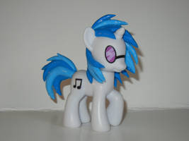 DJ Pon-3 (2012 Collector Series) by SilverBand7