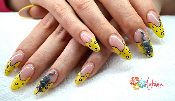 Mouse on the nails by Ambima