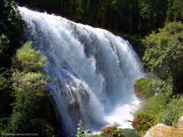 Waterfall by Fabiuss