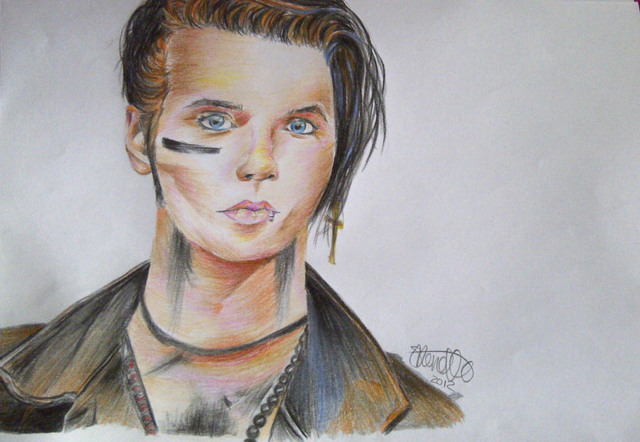 What is Andy Biersack's natural hair color? | Yahoo Answers