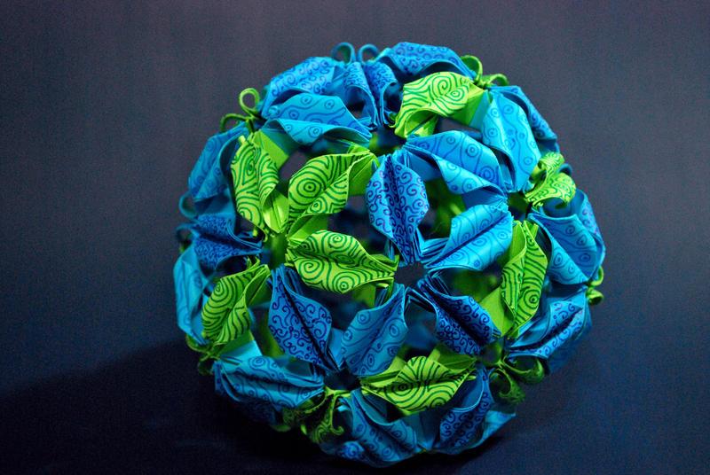 Origami Arabesque view 2 by metranisome
