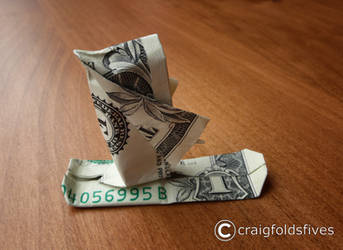 Dollar Origami Santa Snowboarding v1