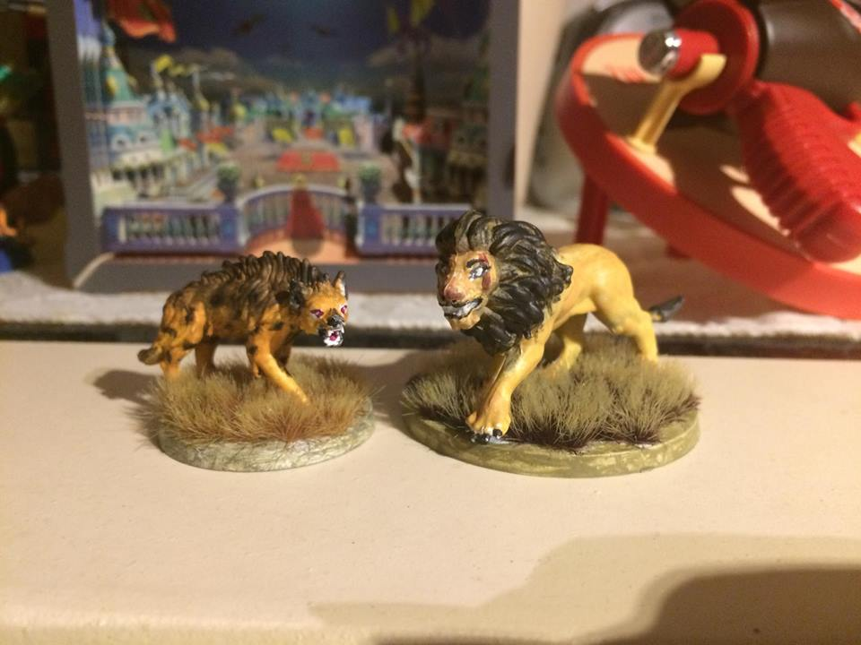 A better look at the figures I painted by Scarletcat1