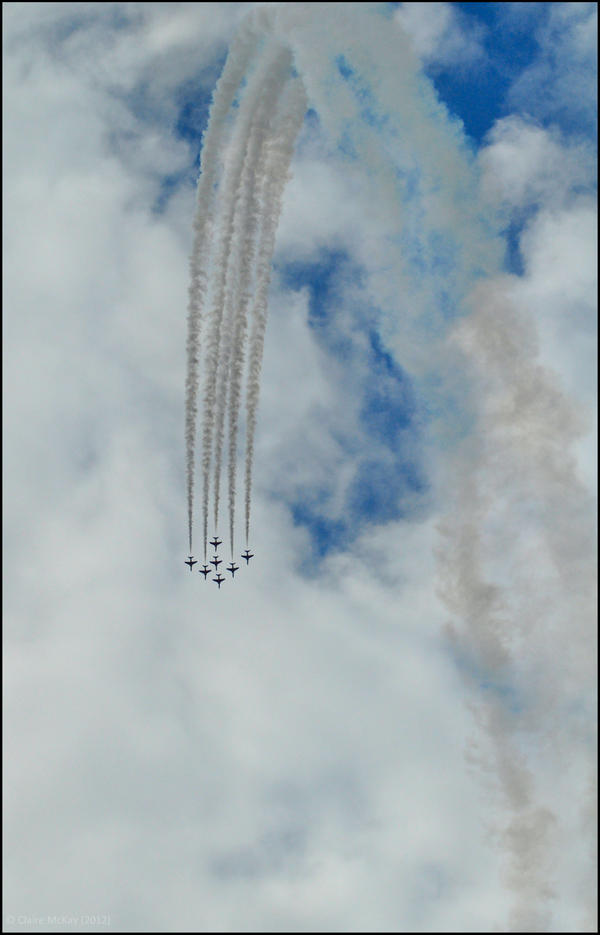 Red Arrows 4 / FAS 2012 by Somebody-Somewhere