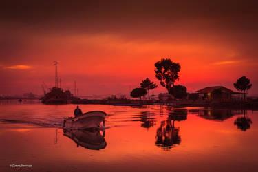 Sunset Aveiro #20 - O Barqueiro by Davinsky
