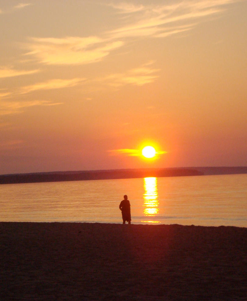 Lake Superior Sunset 003 by BillReinhold