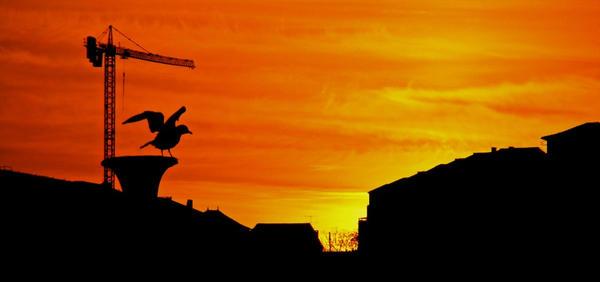 Ribeira Sunset by TheCurlyBeast